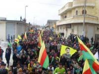 Yên Ji Demokratîkbûna Rojavayê Aciz in û Erîşa Li Dijî Xeznewî