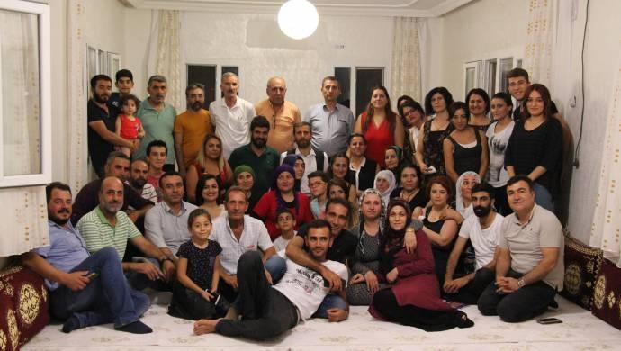 Helbestên kurdî digîhîjin gundan