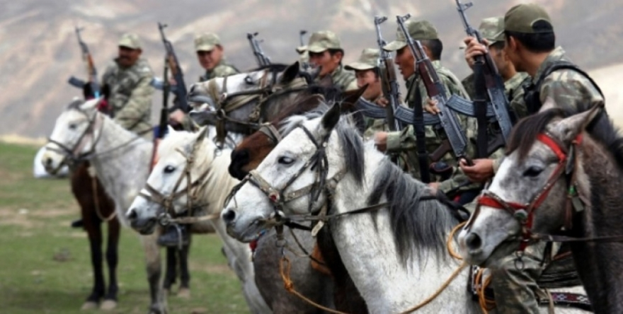 Dewleta Tirk bi rêya cerdevanên Kirgiz zextê li Kurdan dike