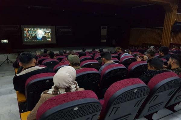 Chomsky: Şoreşa Rojava mûcîze ye