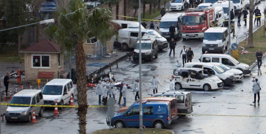 2007 Tirkiye: Dîtatorî, Faşîzm û berxwedana gel