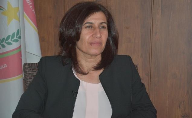 Hediye Yûsif: PDK, dijminahiya şoreşa Rojava dike, evê bi PDK'ê bide wendakirin